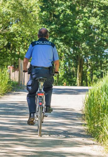 Pro Polizei Berlin, Polizist auf dem Fahrrad